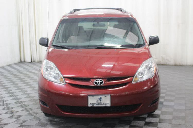 2010 Toyota Sienna LE Wheelchair Van For Sale #21
