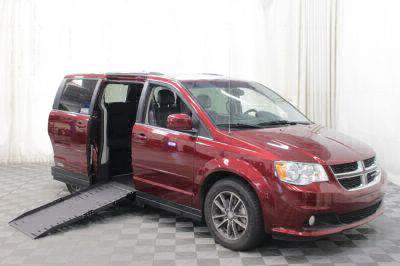 Commercial Wheelchair Vans for Sale - 2017 Dodge Grand Caravan SXT ADA Compliant Vehicle VIN: 2C4RDGCG9HR801752