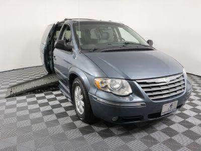 Used Wheelchair Van for Sale - 2005 Chrysler Town & Country Touring Wheelchair Accessible Van VIN: 2C4GP54L45R313402