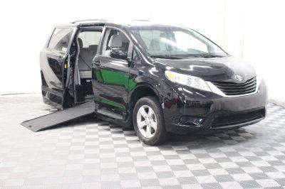 Used 2014 Toyota Sienna LE Wheelchair Van