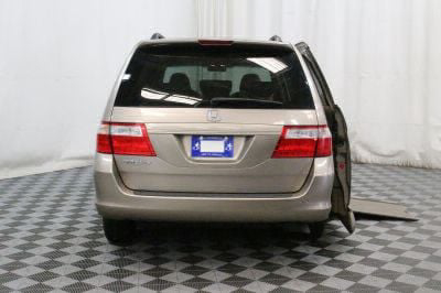 Used Wheelchair Van for Sale - 2007 Honda Odyssey EX-L w/DVD Wheelchair Accessible Van VIN: 5FNRL38737B440503