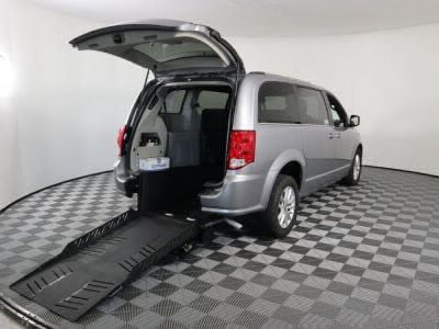 Commercial Wheelchair Vans for Sale - 2019 Dodge Grand Caravan SXT ADA Compliant Vehicle VIN: 2C4RDGCG4KR726272