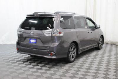 2018 Toyota Sienna Wheelchair Van For Sale -- Thumb #4