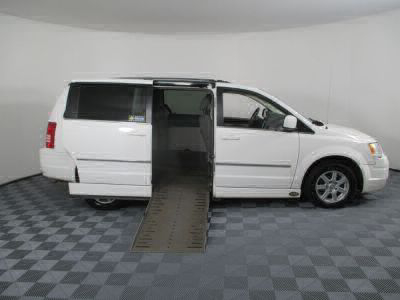 2010 Chrysler Town and Country Wheelchair Van For Sale -- Thumb #2