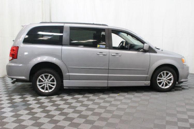 2014 Dodge Grand Caravan SXT Wheelchair Van For Sale #4