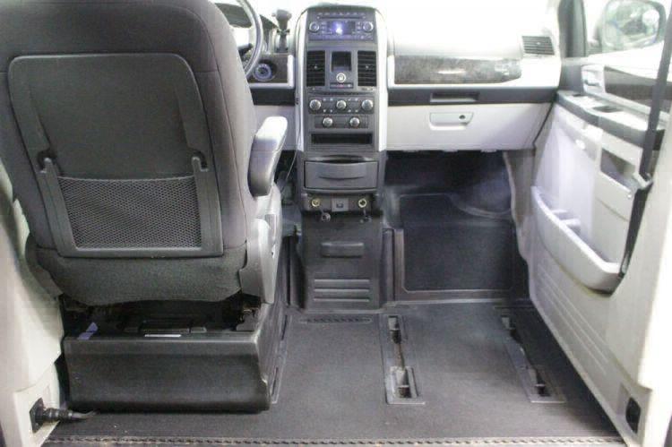 2010 Dodge Grand Caravan SXT Wheelchair Van For Sale #22