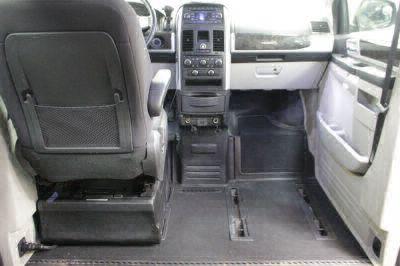 2010 Dodge Grand Caravan Wheelchair Van For Sale -- Thumb #22