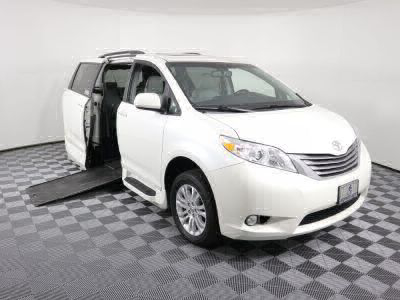 Commercial Wheelchair Vans for Sale - 2016 Toyota Sienna XLE ADA Compliant Vehicle VIN: 5TDYK3DC1GS710437