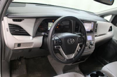 2015 Toyota Sienna Wheelchair Van For Sale -- Thumb #16