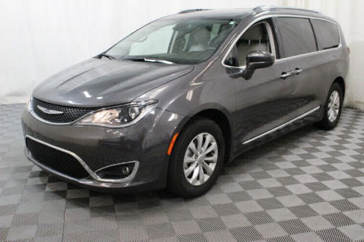 2018 Chrysler Pacifica Touring L Wheelchair Van For Sale #14