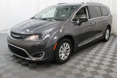 2018 Chrysler Pacifica Wheelchair Van For Sale -- Thumb #14