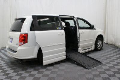 2012 Dodge Grand Caravan Wheelchair Van For Sale -- Thumb #3