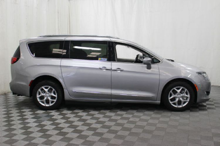 2017 Chrysler Pacifica Touring-L Plus Wheelchair Van For Sale #35
