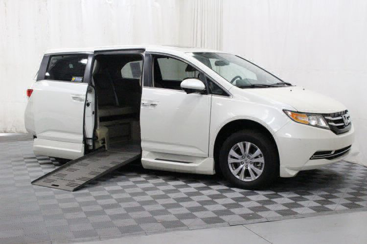 2016 Honda Odyssey EX-L Wheelchair Van For Sale #1