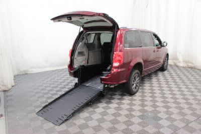Commercial Wheelchair Vans for Sale - 2017 Dodge Grand Caravan SXT ADA Compliant Vehicle VIN: 2C4RDGCG4HR617268