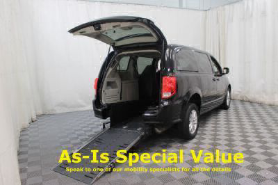 2016 Dodge Grand Caravan Wheelchair Van For Sale -- Thumb #1