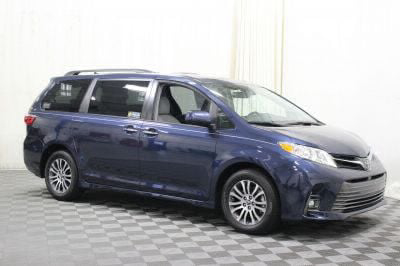 Commercial Wheelchair Vans for Sale - 2018 Toyota Sienna XLE ADA Compliant Vehicle VIN: 5TDYZ3DC6JS931695