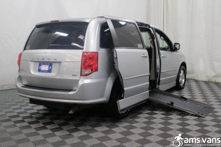 2011 Dodge Grand Caravan Mainstreet Wheelchair Van For Sale #3