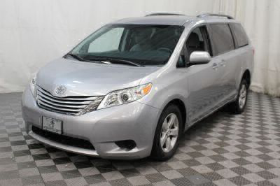 2015 Toyota Sienna Wheelchair Van For Sale -- Thumb #23