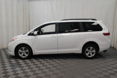 2015 Toyota Sienna Wheelchair Van For Sale -- Thumb #34