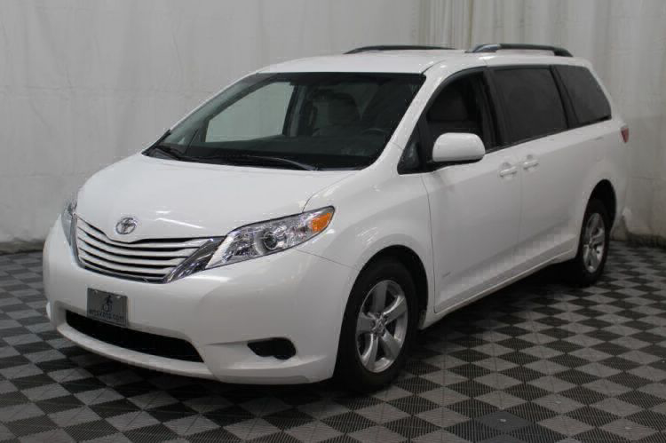 2015 Toyota Sienna LE Wheelchair Van For Sale #37