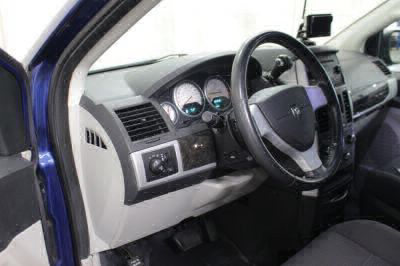 2010 Dodge Grand Caravan Wheelchair Van For Sale -- Thumb #26