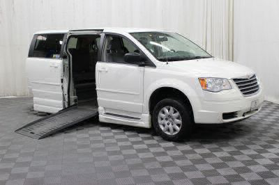 Used Wheelchair Van for Sale - 2009 Chrysler Town & Country LX Wheelchair Accessible Van VIN: 2A8HR44E29R569823