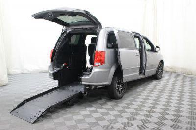 Commercial Wheelchair Vans for Sale - 2017 Dodge Grand Caravan GT ADA Compliant Vehicle VIN: 2C4RDGEG5HR792237
