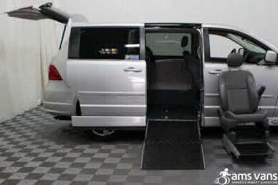 2010 Volkswagen Routan Wheelchair Van For Sale -- Thumb #10