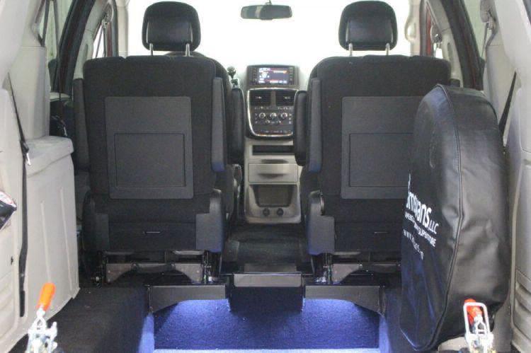 2014 Dodge Grand Caravan SE Wheelchair Van For Sale #4