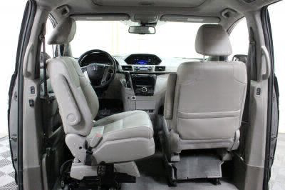 2016 Honda Odyssey Wheelchair Van For Sale -- Thumb #9
