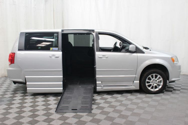 2012 Dodge Grand Caravan R/T Wheelchair Van For Sale #2