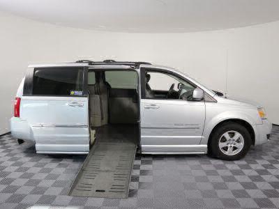 2010 Dodge Grand Caravan Wheelchair Van For Sale -- Thumb #2