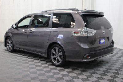 2018 Toyota Sienna Wheelchair Van For Sale -- Thumb #7