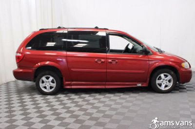 2005 Dodge Grand Caravan Wheelchair Van For Sale -- Thumb #3
