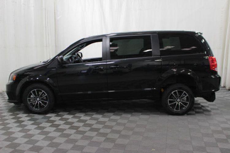 2018 Dodge Grand Caravan SE Plus Wheelchair Van For Sale #11