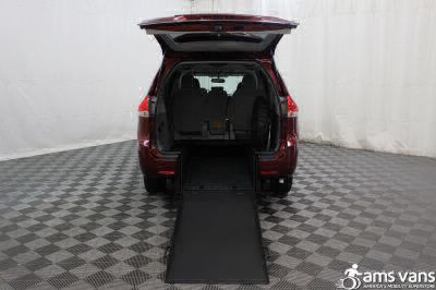 2013 Toyota Sienna Wheelchair Van For Sale -- Thumb #2