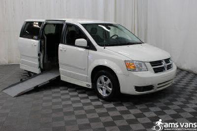 2008 Dodge Grand Caravan Wheelchair Van For Sale -- Thumb #1