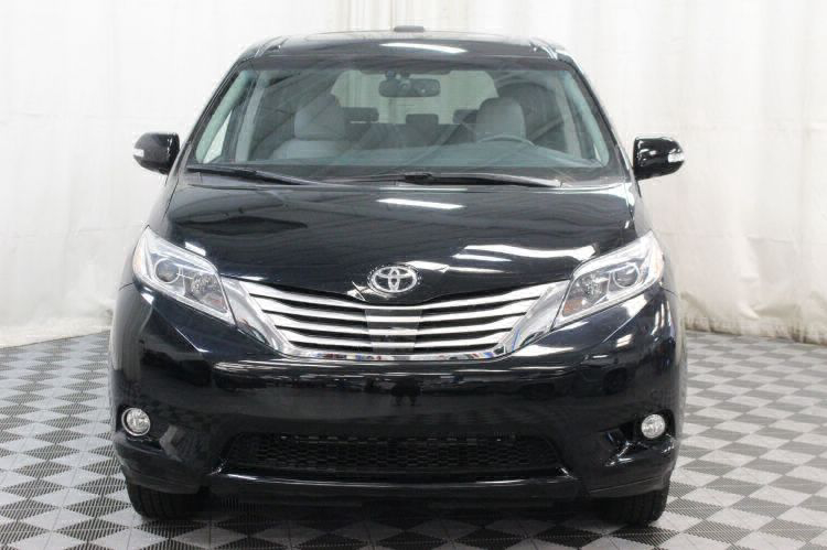 2017 Toyota Sienna Limited Wheelchair Van For Sale #21