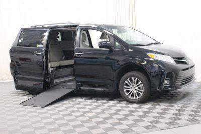 Commercial Wheelchair Vans for Sale - 2018 Toyota Sienna XLE ADA Compliant Vehicle VIN: 5TDYZ3DC5JS910160