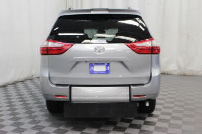 2019 Toyota Sienna Wheelchair Van For Sale -- Thumb #8