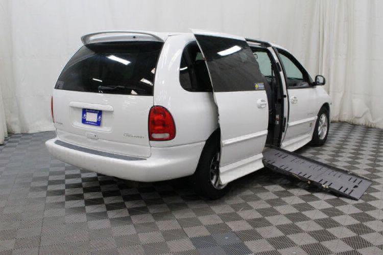 2000 Dodge Grand Caravan SE Wheelchair Van For Sale #3