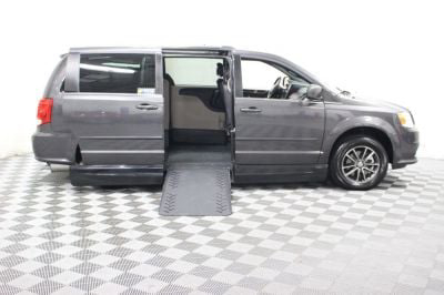2017 Dodge Grand Caravan Wheelchair Van For Sale -- Thumb #2