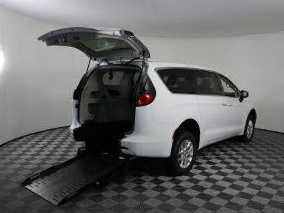 Commercial Wheelchair Vans for Sale - 2020 Chrysler Voyager LX ADA Compliant Vehicle VIN: 2C4RC1CG7LR250049