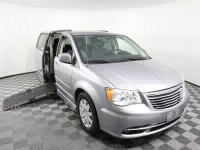 Used Wheelchair Van for Sale - 2014 Chrysler Town & Country Touring Wheelchair Accessible Van VIN: 2C4RC1BG6ER269261