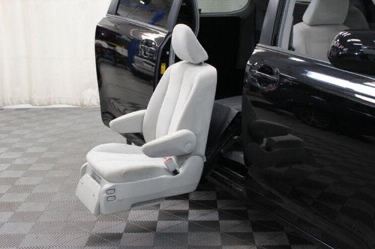 2014 Toyota Sienna LE Wheelchair Van For Sale #37