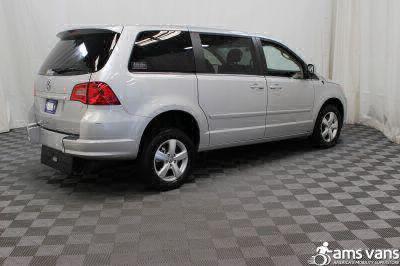 2009 Volkswagen Routan Wheelchair Van For Sale -- Thumb #8