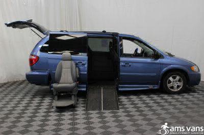 2007 Dodge Grand Caravan Wheelchair Van For Sale -- Thumb #8