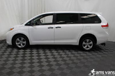 2013 Toyota Sienna Wheelchair Van For Sale -- Thumb #13