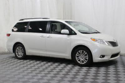 Commercial Wheelchair Vans for Sale - 2017 Toyota Sienna XLE ADA Compliant Vehicle VIN: 5TDYZ3DC2HS827294